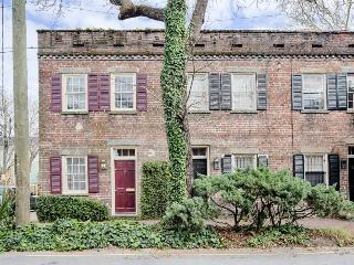 Stunning house with historic charm, modern convenience, great location! - Savannah vacation rentals