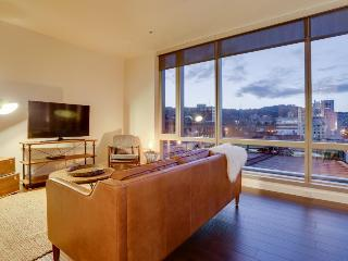 Luxury downtown dog-friendly condo w/ West Hills views! - Portland vacation rentals
