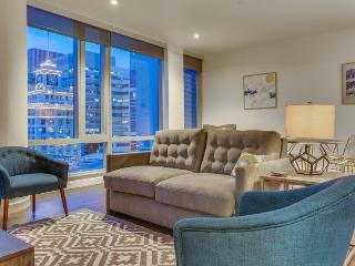 Dog-friendly condo with amazing views and easy access to downtown Portland! - Portland vacation rentals