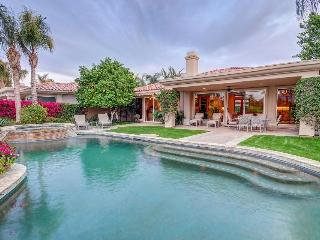 Luxury home with private pool, hot tub, & golf on-site! - La Quinta vacation rentals