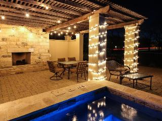 Book all 8 suites w/ pool, hot tub & outdoor fireplace! - Fredericksburg vacation rentals
