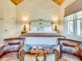 Luxury German-style cottage w/ private hot tub & gardens! - Fredericksburg vacation rentals