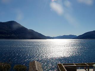 5 bedroom Apartment in Brissago, Ticino, Switzerland : ref 2297954 - Brissago vacation rentals