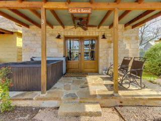 Romantic studio cottage with a private hot tub and fireplace - one dog welcome! - Fredericksburg vacation rentals