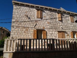 Petar SA1(2+1) - Sutivan - Sutivan vacation rentals