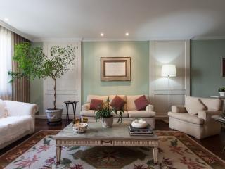 Classic 3 Bedroom Apartment Nestled in Leblon - Rio de Janeiro vacation rentals