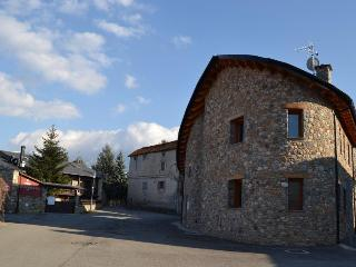 5 bedroom House with Microwave in Bellver de Cerdanya - Bellver de Cerdanya vacation rentals