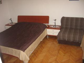 Bright Jelsa Apartment rental with Internet Access - Jelsa vacation rentals