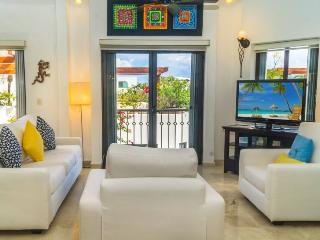 Nice House with Internet Access and Shared Outdoor Pool - Playa del Carmen vacation rentals