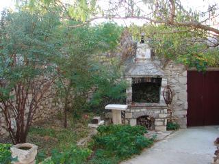 Jerkica A1(4) - Sutivan - Sutivan vacation rentals