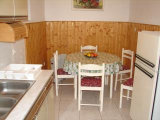 Nice 3 bedroom House in Primosten - Primosten vacation rentals