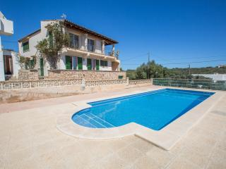 SELEGUERET - Property for 8 people in Portopetro - Porto Petro vacation rentals