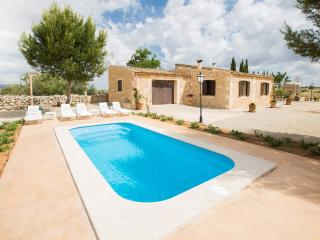 BANC D'OLI - Property for 6 people in Manacor - Vilafranca de Bonany vacation rentals
