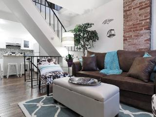 Upscale Charm in Charm City- Federal Hill sleeps 6 - Baltimore vacation rentals