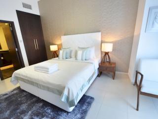 Cayan Tower - 1 Bedroom Apartment - RUD 68317 - Dubai Marina vacation rentals
