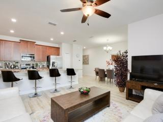 Spacious 4 bedroom villa - Kissimmee vacation rentals