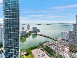 2 bedroom Apartment with Internet Access in Miami - Miami vacation rentals