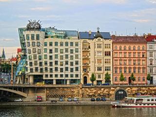 Go.Spacious 2 bedrooms, Vltava River - Prague vacation rentals