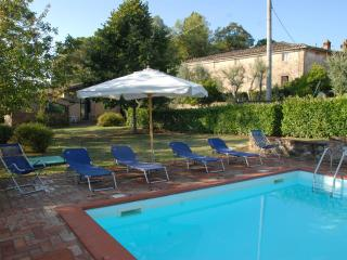 4 bedroom House with Internet Access in Siena - Siena vacation rentals
