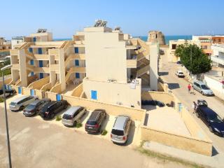 Trilo 5 posti 2° piano Apollo RESIDENCE RIVA MARE - Torre Mozza vacation rentals