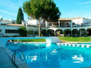 Malaga Regeion Good  for Golf, Tennis, Lovely Area - Estepona vacation rentals
