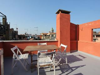 Charming 2 bedroom Vacation Rental in Venice - Venice vacation rentals