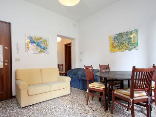 2 bedroom Apartment with Dishwasher in Venice - Venice vacation rentals