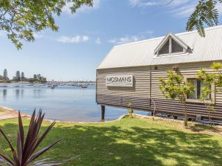 Perfect House with Internet Access and A/C - Mosman Park vacation rentals
