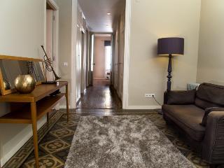 Apartment Ramblas Boqueria 32 - Barcelona vacation rentals
