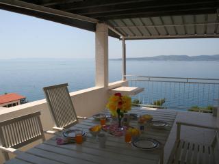 Apt 4 with 2 bedroom & sea view terrace - Brela vacation rentals
