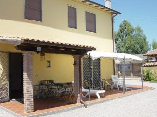 Cozy 2 bedroom House in Pescia Romana - Pescia Romana vacation rentals