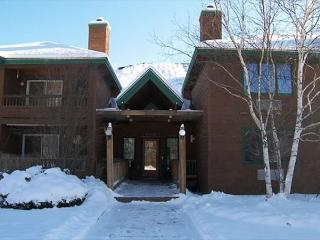 D0044- Managed by Loon Reservation Service - NH M&R:056365/Business ID:659647 - North Woodstock vacation rentals