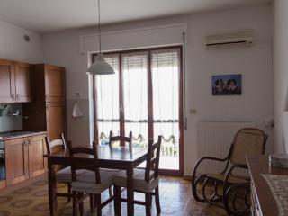 Appartamento a San Vito Marina - San Vito Chietino vacation rentals
