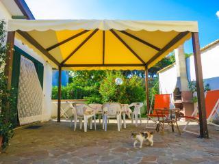 CASESCAURI Fresco Chalet a soli 100mt dal mare! - Minturno vacation rentals