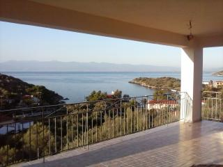 Cozy 3 bedroom Vacation Rental in Volos - Volos vacation rentals