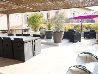 Appartement avec toit terrasse - 4 couchages. - Cannes vacation rentals