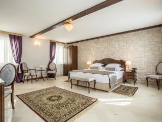 Splendida Palace - Deluxe double or twin room - Split vacation rentals