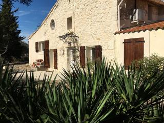 Bright House with Washing Machine and Television - Cuxac-d'Aude vacation rentals