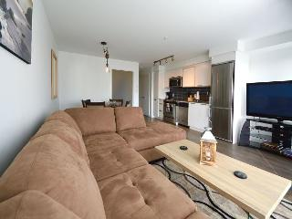 """Beach House"" From $140.00 CAD / night, sleeps up to 4 - Victoria vacation rentals"