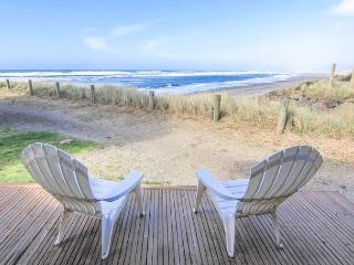 Updates and Ocean Views Bring Comfort and Beauty! - Neskowin vacation rentals