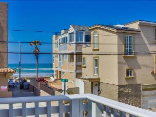 Bright 2 bedroom House in Mission Beach - Mission Beach vacation rentals