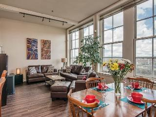 Music City River-Rock Loft - Downtown Nashville! - Nashville vacation rentals
