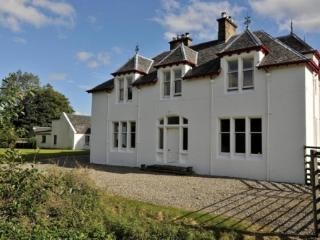 Large 6 Bedroom House: Ledgowan Lodge 400675 - Achnasheen vacation rentals