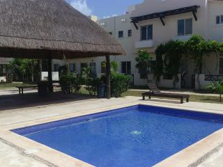 Beautiful and Confortable House with pool ESTANYOL - Playa del Carmen vacation rentals