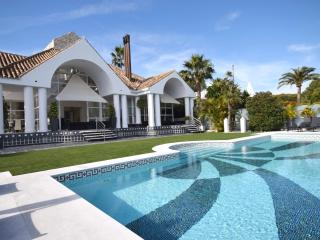 Villa Golf Aloha 53243 - Marbella vacation rentals