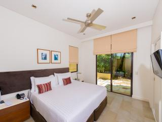Courtyard Apartment 101 - Palm Cove vacation rentals