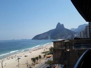 Exclusive Ipanema Front Beach Flat - Rio de Janeiro vacation rentals