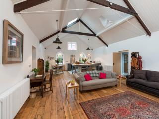 2 bedroom Converted chapel with Deck in Chester - Chester vacation rentals