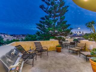South Mission Beach Mediterranean Jewel with Ocean and Bay View - Mission Beach vacation rentals