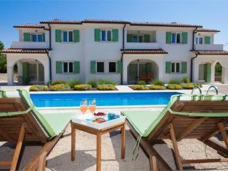 Nice 6 bedroom Villa in Dobrinj - Dobrinj vacation rentals
